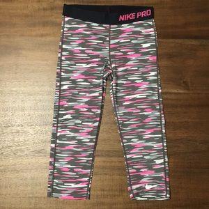 Nike Pro Dri Fit Capri Leggings. Girls Size L.